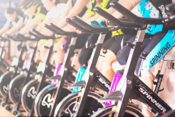 Entrenar con bicicleta estática